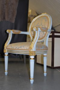 painted and gilded furniture water gilding