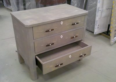 Shagreen chest of drawers. (1)